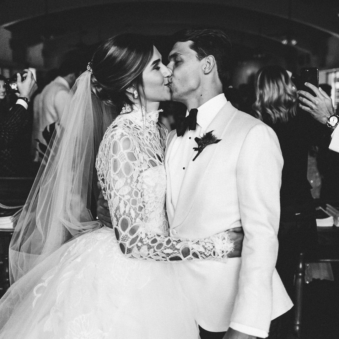 Vintage Wedding Dresses Miami: Christian Arévalo