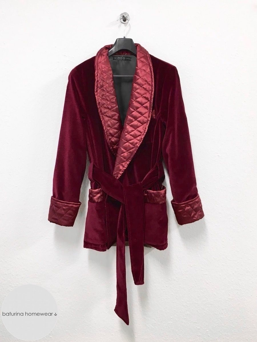 93911e5c88 Men s burgundy velvet smoking jacket robe with maroon quilted silk collar  and cuffs. Elegant vintage menswear style dressing gown.