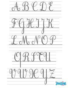 Ecrire Les Lettres Cursives En Majuscules Tatouages Lettre A