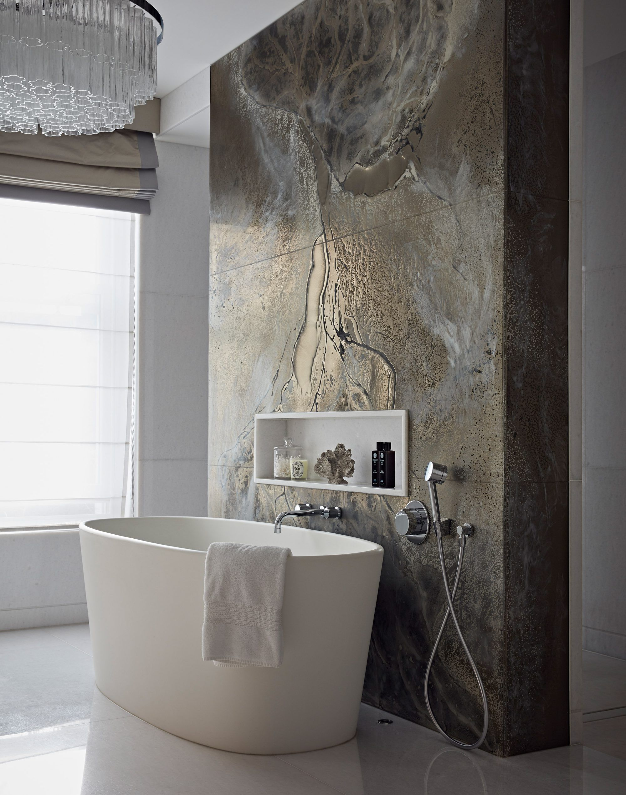 Bathroom, feature bath tub wall, St John's Wood | Taylor Howes #woodfeaturewalls
