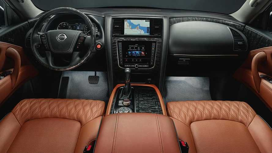View Interior And Exterior Photos Accessories And Color Options For The All New 2017 Nissan Armada Nissan Armada Armada Nissan