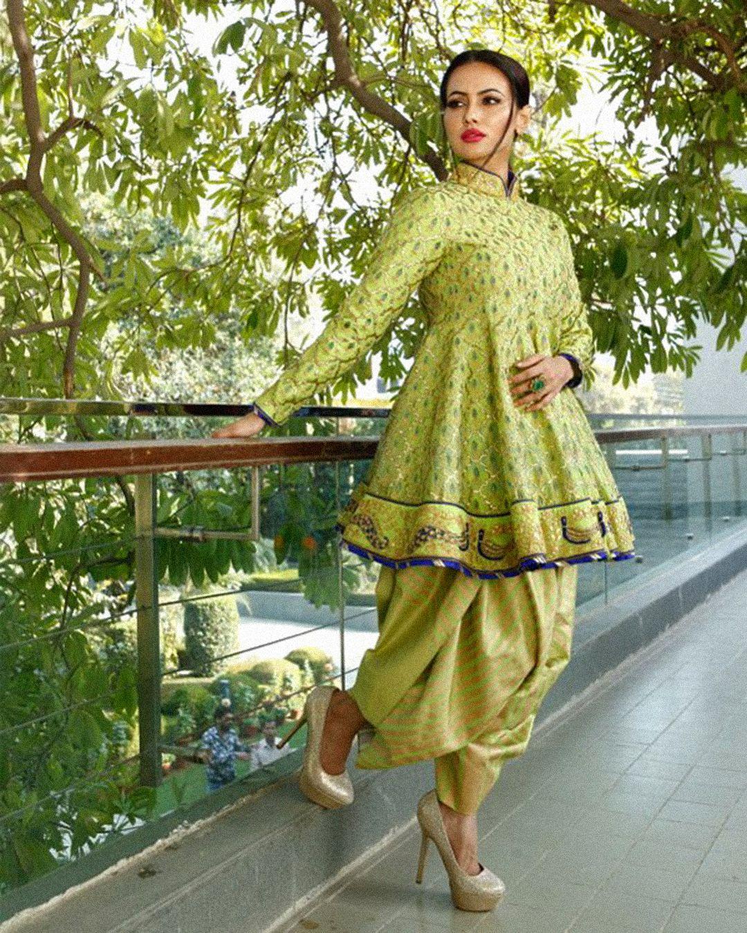 Sana Khan in Reynu Taandon's Summer Bridal Frock design