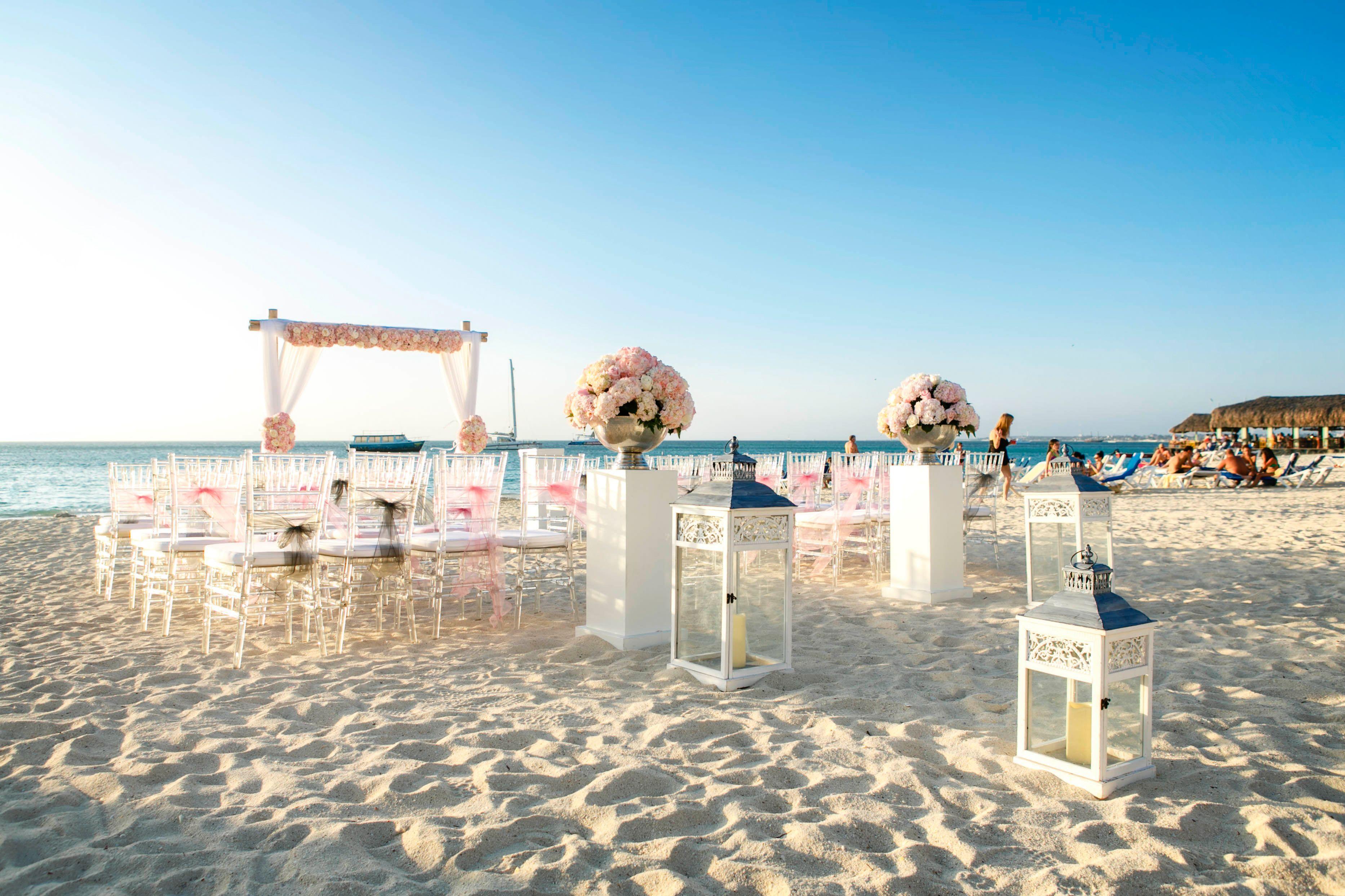 Beach Wedding Setup At Riu Palace Aruba Copyright Winklaar Photography Www Facebook Winklaarphotography Pinterest Destination
