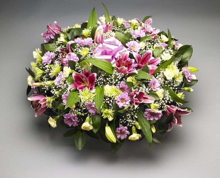 Is It Appropriate To Send Flowers To A Memorial Service