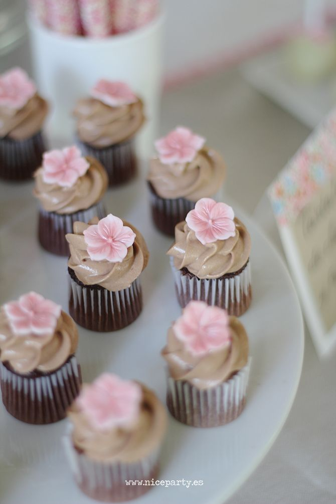 Pink rustic party