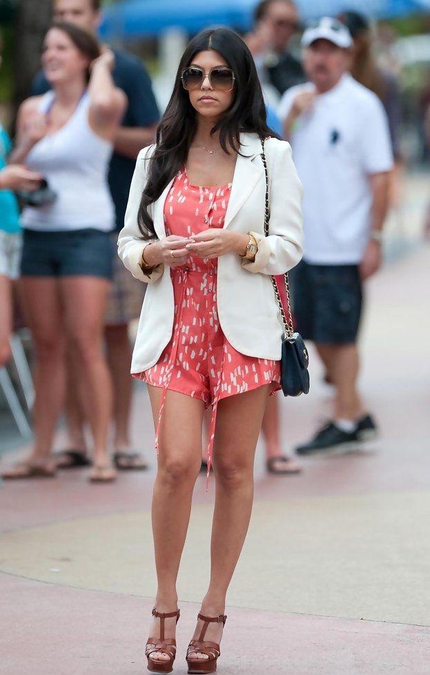kourtney kardashian casual summer style wwwpixsharkcom