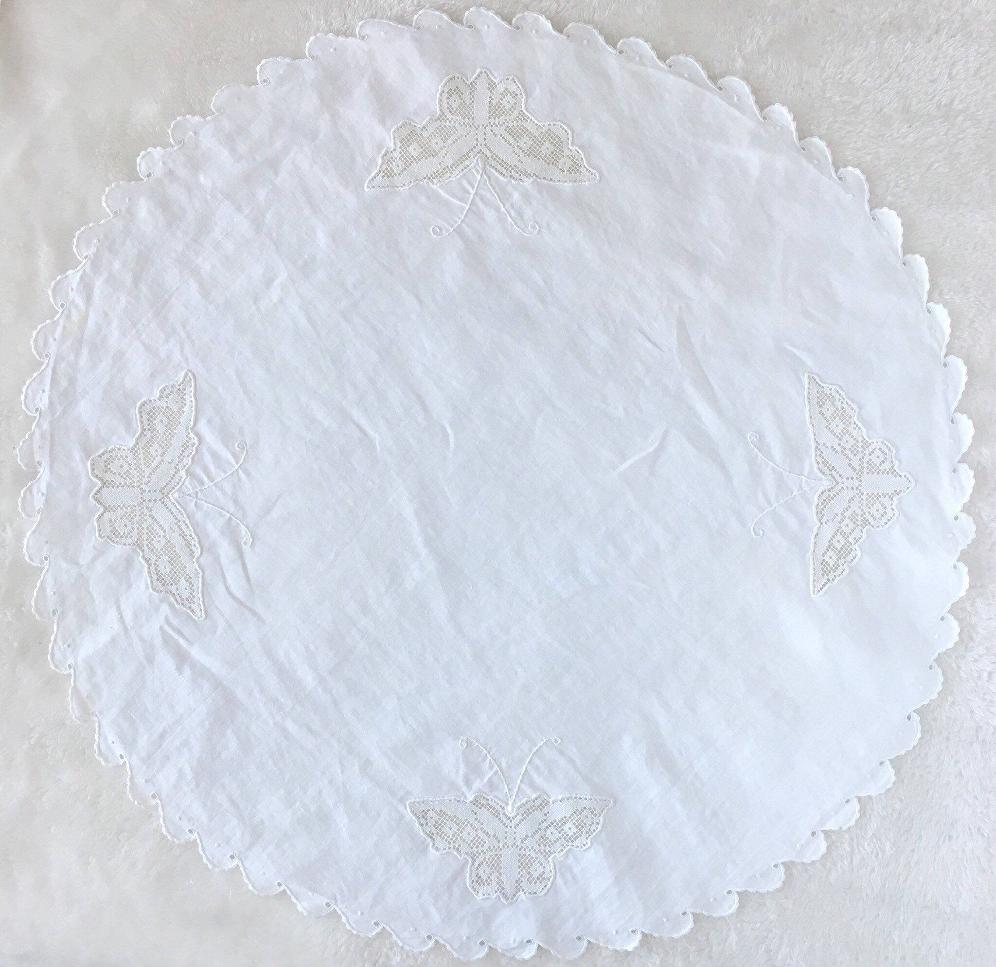 Small Round Table Cloths.Vintage Small Round Tablecloth Centerpiece Hand Embroidered