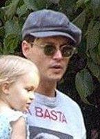 Johnny Depp in a flat cap 0a755bf53e4