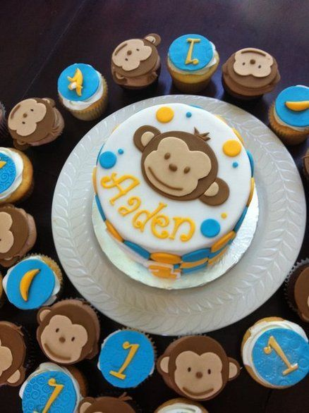 Mod monkey birthday cake with matching cupcakes Boy Birthday Ideas