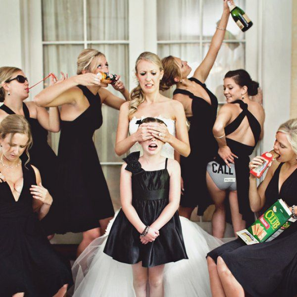 Must Have Wedding Picture List: 50 Must-Have Photos With Your Bridesmaids