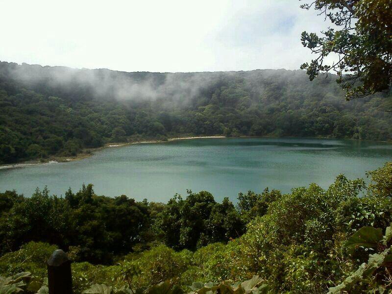 Laguna Volcán!