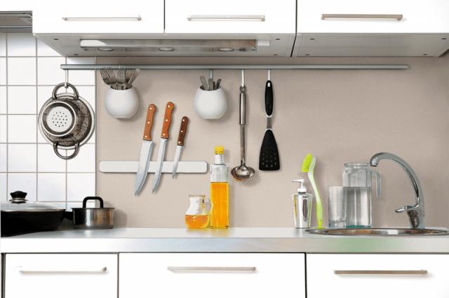 Rinnovare le pareti della cucina senza togliere le vecchie