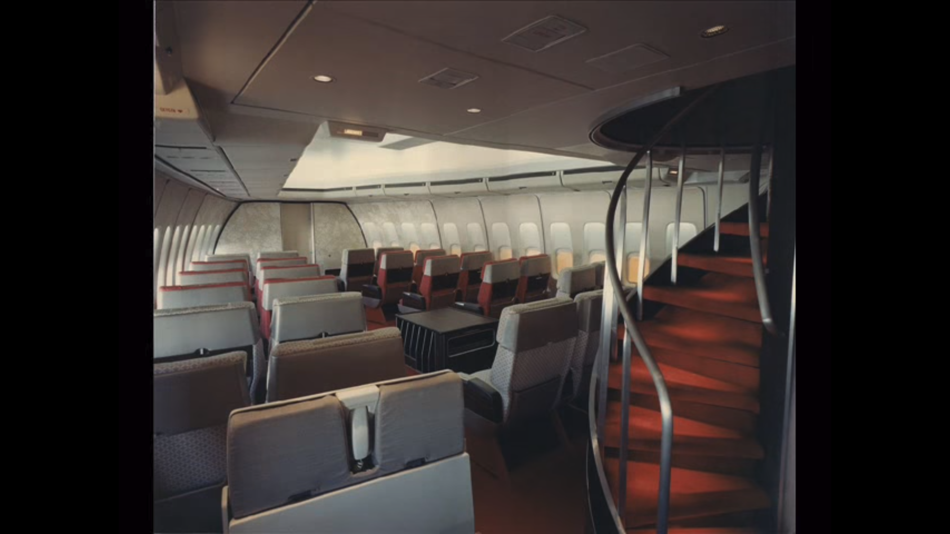 United Airlines 747 200 First Class Cabin Aircraft Interiors Airline Interiors Vintage Airlines