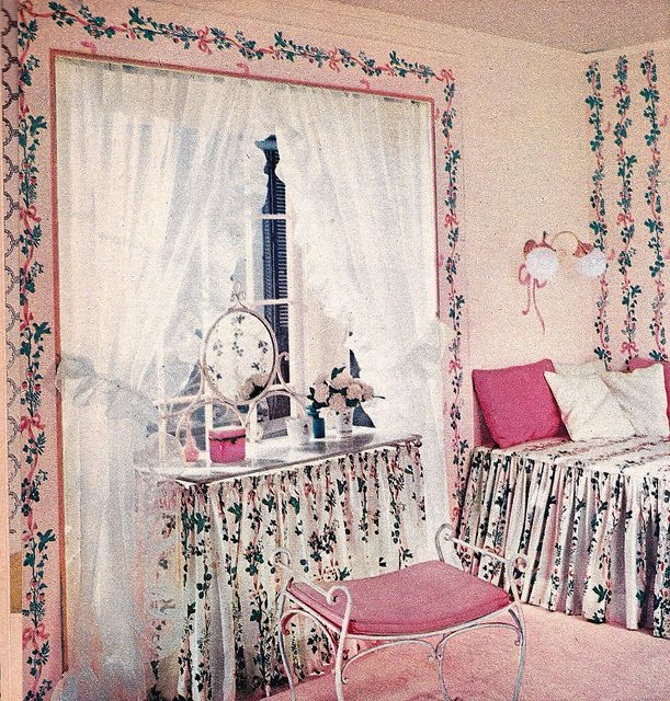 Best Fun With Wallpaper 5 60S Bedroom Bedroom Mid Century 640 x 480