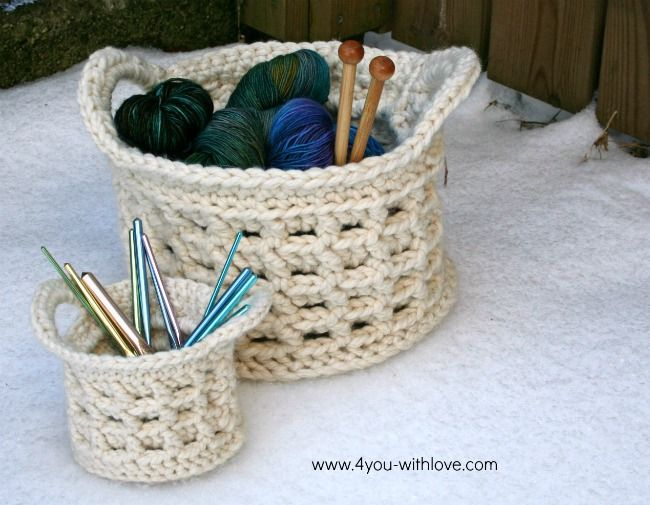 Crochet Basket...free pattern via 4 YOU with Love blog | Crocheting ...
