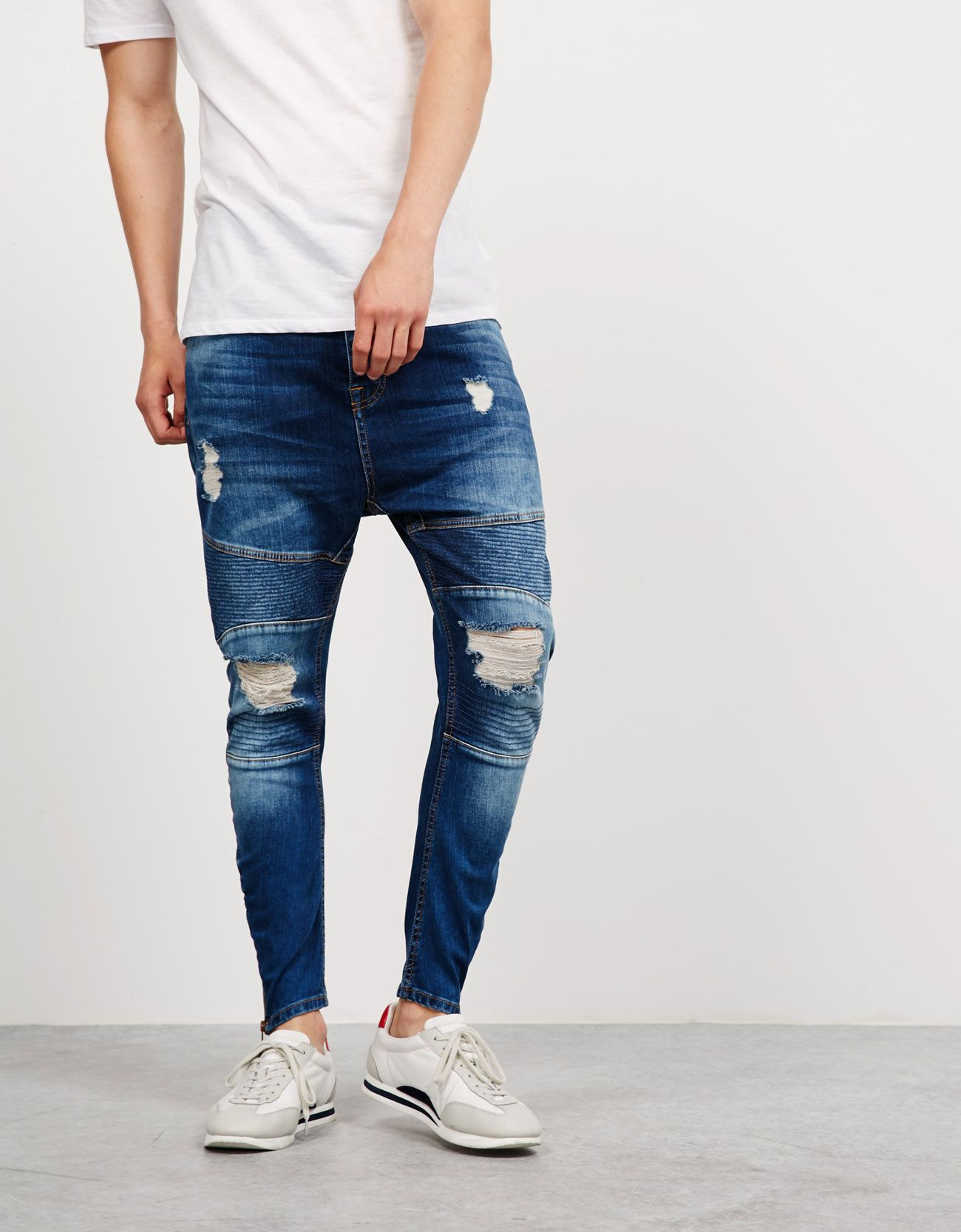 Http Www Bershka Com Es Hombre New Collection Jeans Jeans Carrot C1010046174p100469448 Html Colorid 428 Jeans Bershka Hombres