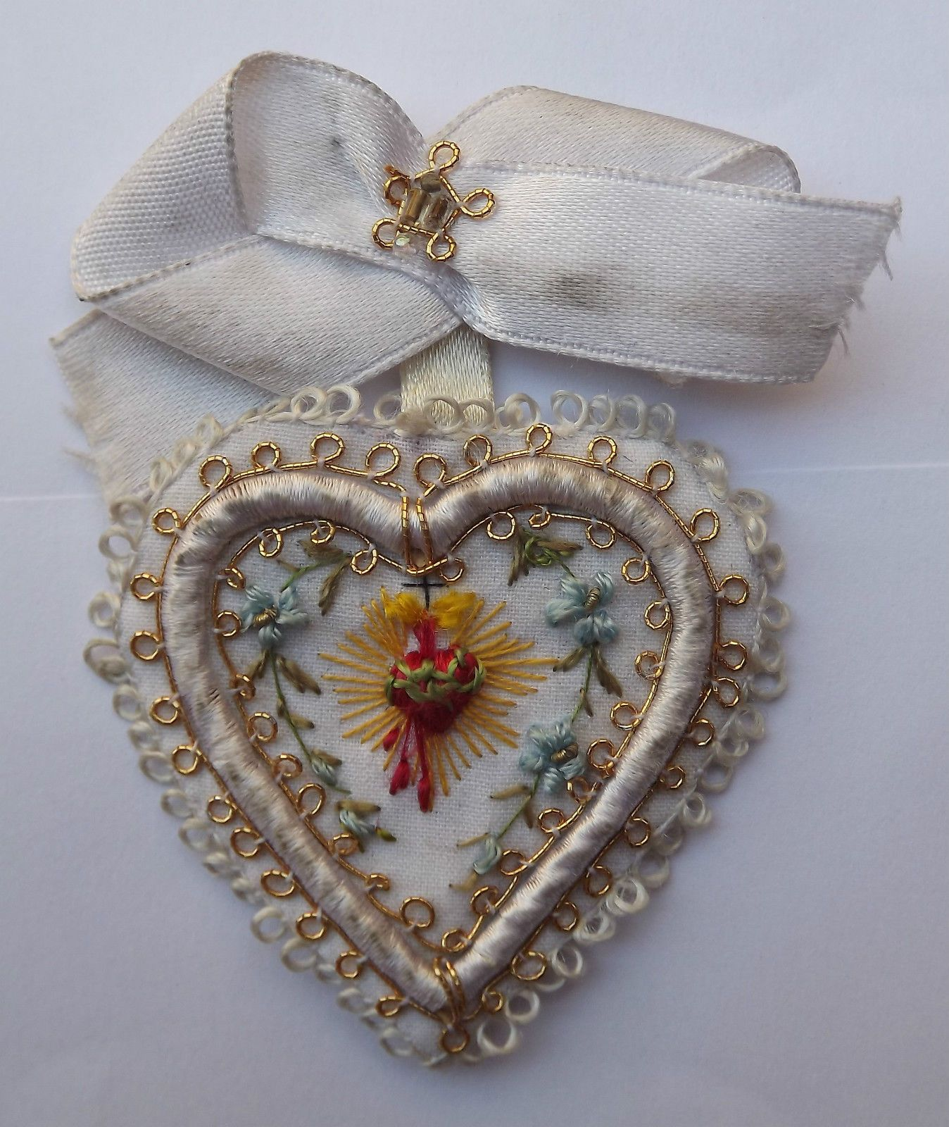 Genuine U0026 Beautiful Holy Scapular Sacred Heart Of Jesus Hand Embroidery 1900s | Sacred Heart ...