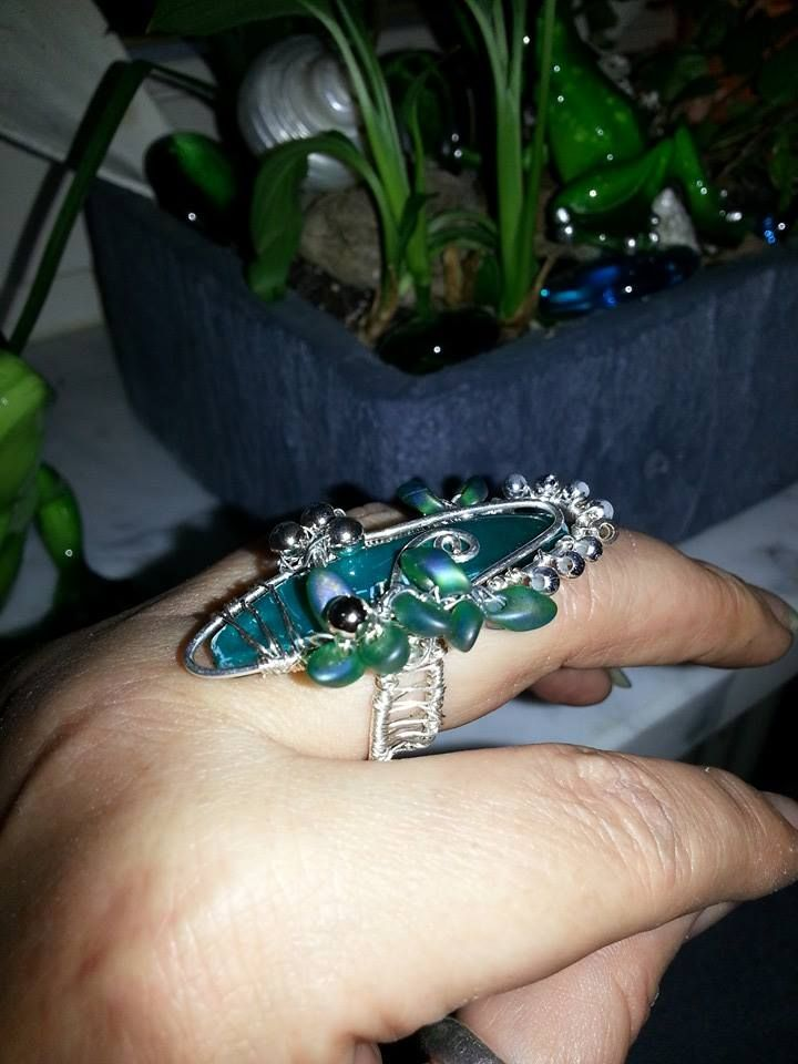 *Absinth Fary*  my first wire work ring  Crownless Design <3