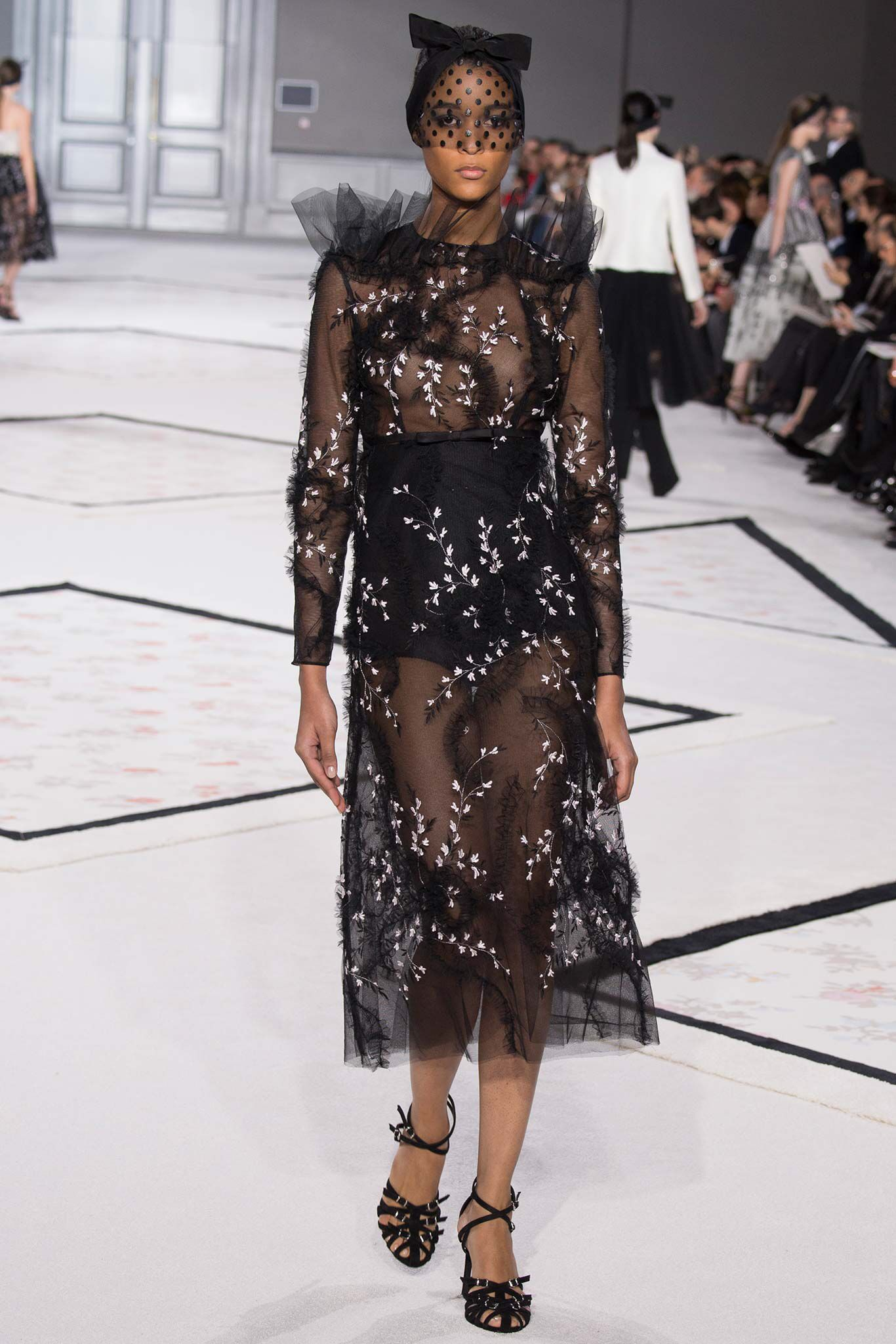 Giambattista Valli, Look #16