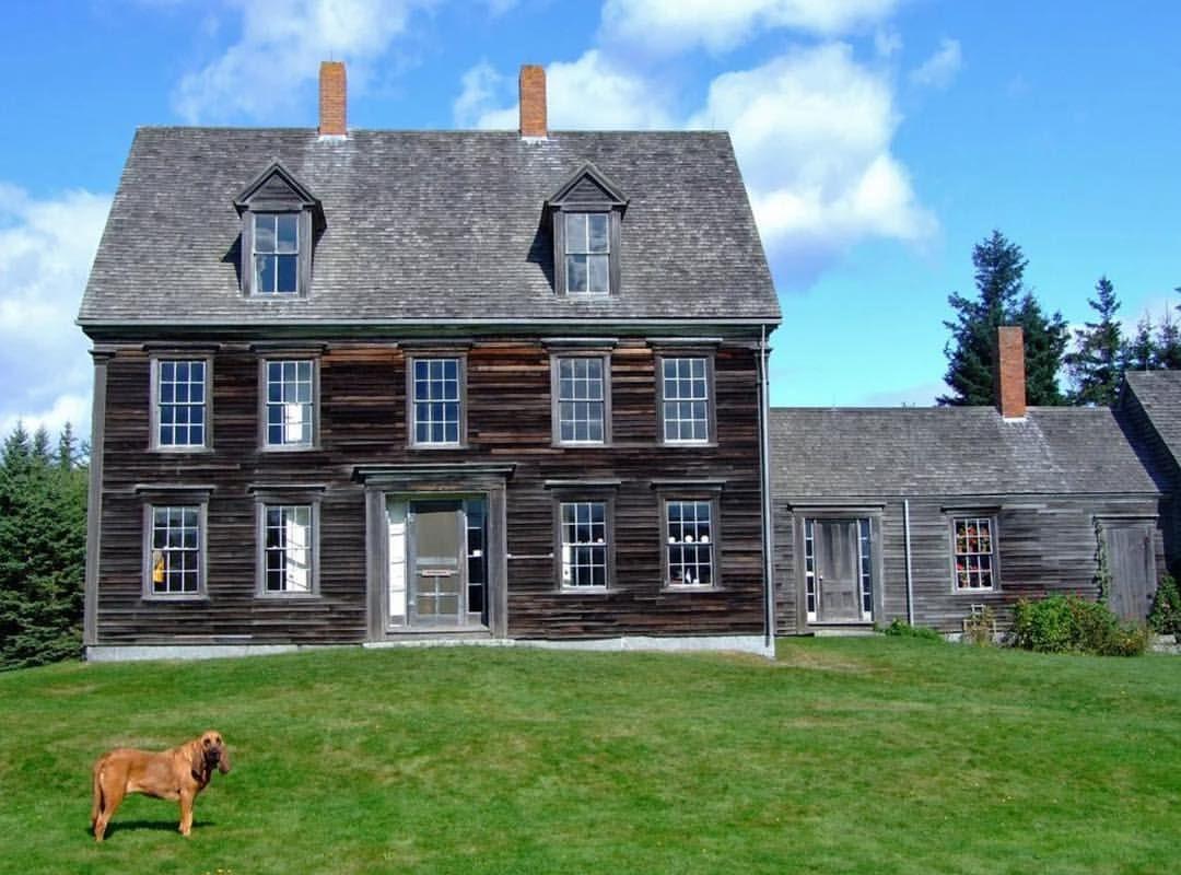 Olson House In Cushing Maine This 14 Room Colonial Farmhouse