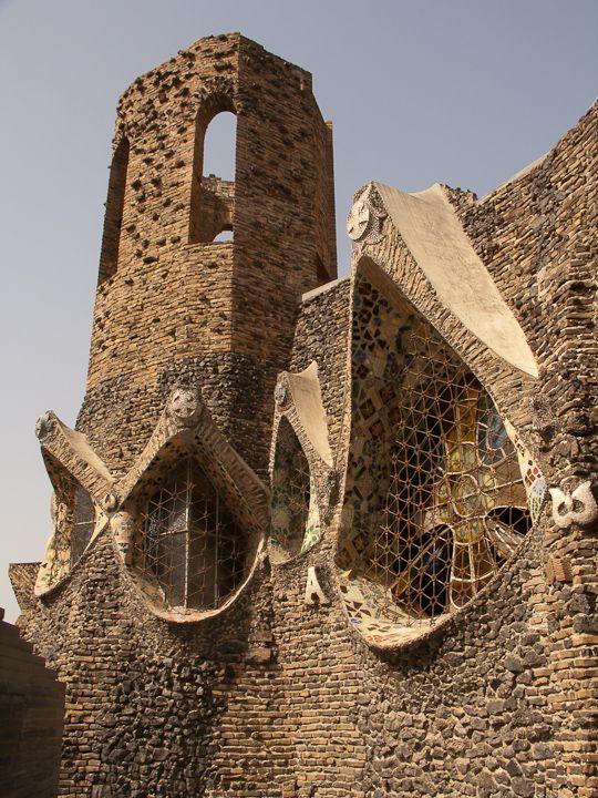Cripta Colonia Güell 9
