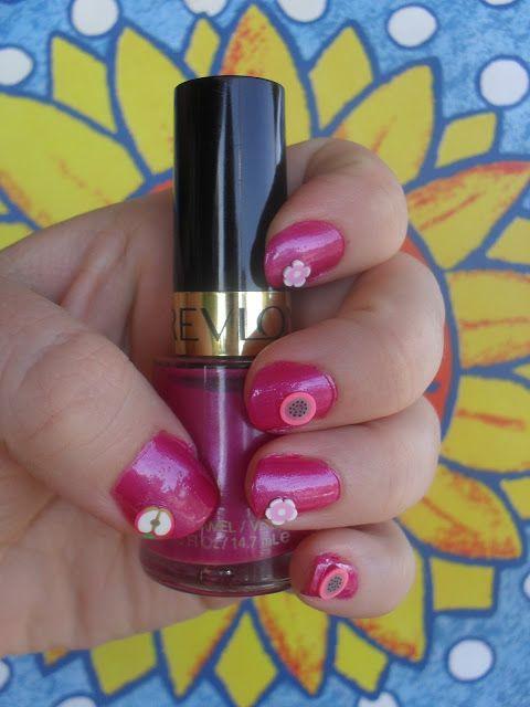 Nails www.vintagerequiem.com