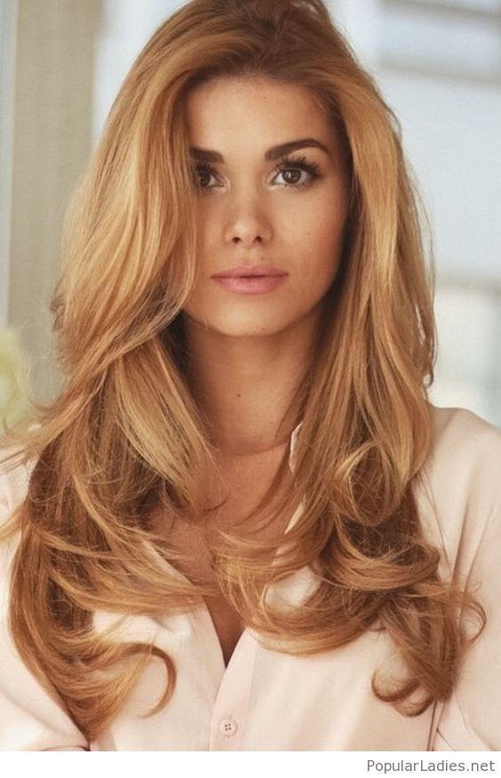 Photo of Verliebt i ihren Stil, Haare und Make-up #haare #ihren #verliebt