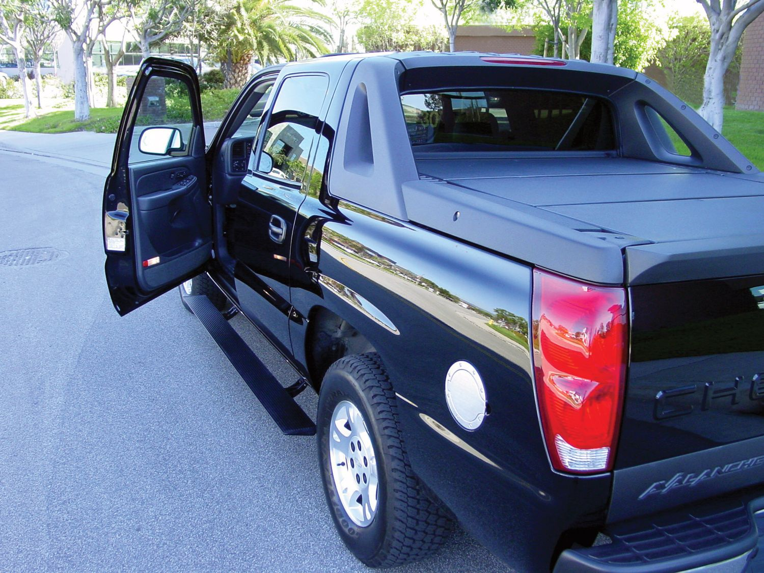 Image result for running boards 2012 chevy avalanche