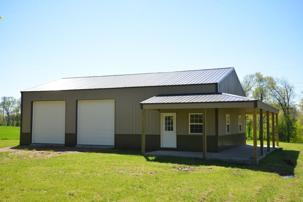 Metal shop buildings with living quarters google search for Pole barn home builders
