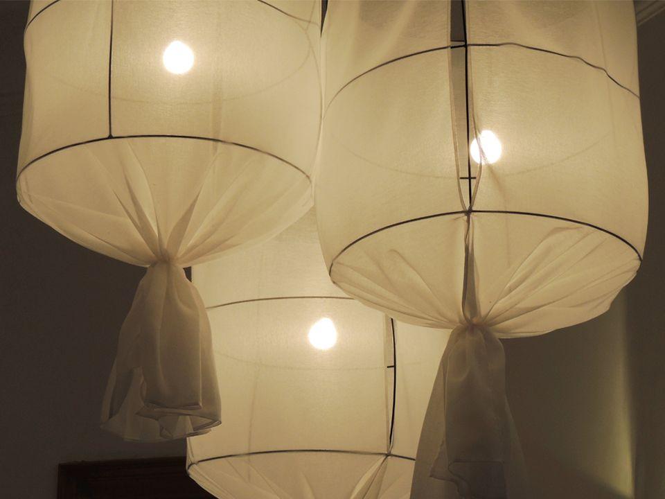 Lámparas Etoffe. Disponibles en varios colores. #solsken www.solsken.com.ar