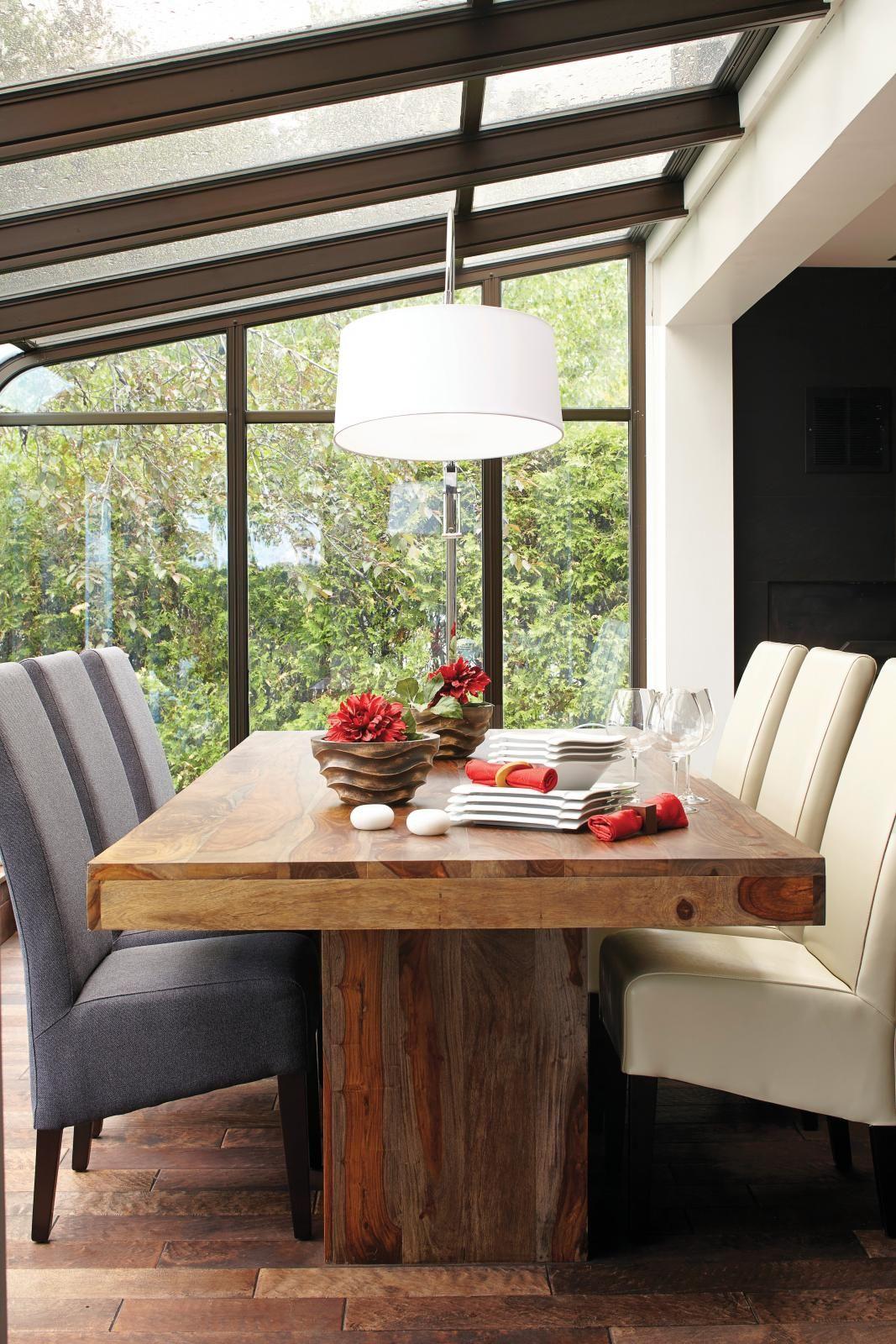 Un Chalet Converti En Maison Chaise De Couleur Chaise Grise Et - Chaise cuisine grise pour idees de deco de cuisine