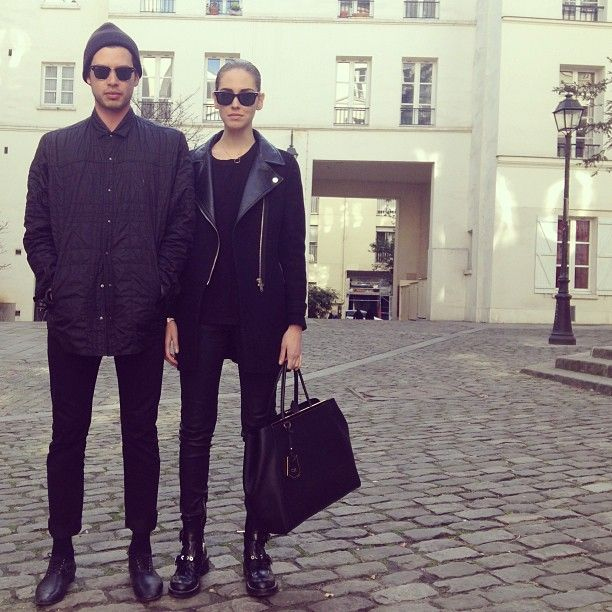 Chiara Ferragni And Her Boyfriend La Based Photographer Andrew Arthur In All Black Matching Outfits At Paris Fashionweek Fashion Couple Fashion Chiara Ferragni