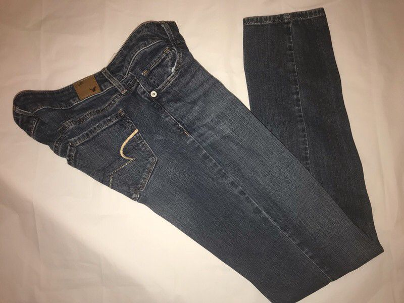 4c69e6b8 My American Eagle Jeans Juniors Size 2 by American Eagle Outfitters. Size  XS / 2