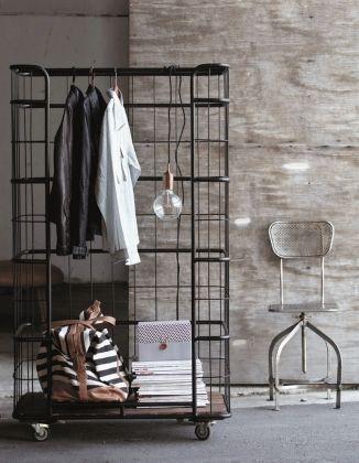 13 id es pour se cr er une penderie originale pinterest. Black Bedroom Furniture Sets. Home Design Ideas