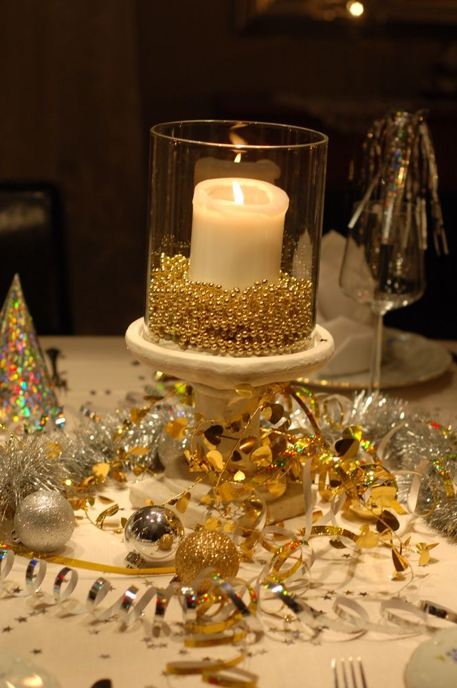 #New #Years Eve, christmas tablescape, decor | New years ...