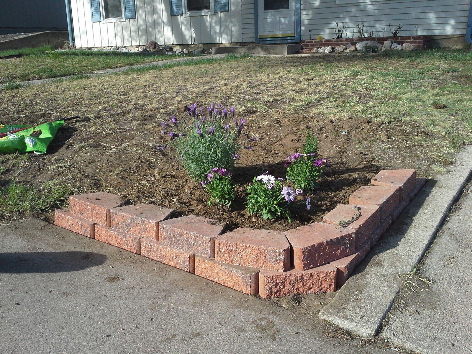 corner flower bed retaining wall | Casa de Colorado ...