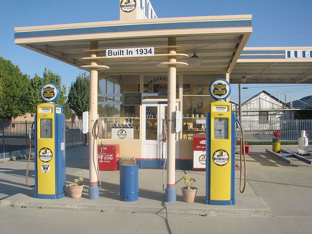 Gas Stations In California >> Richfield Gas Station California Jpm Entertainment