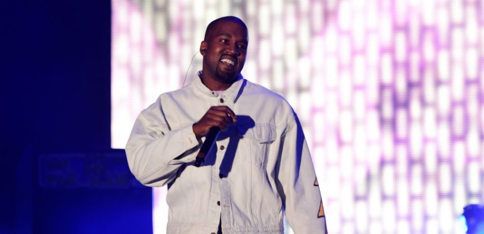Kanye West Is Now Ye And Five Other Rappers Who Ve Changed Their Names Kanye West Kanye Rappers