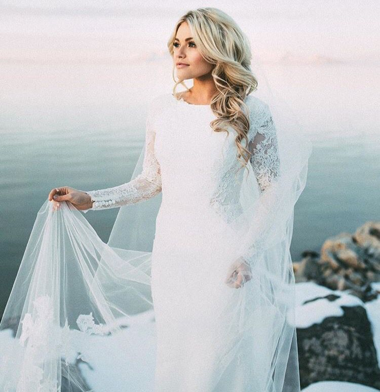 DWTS\' Witney Carson\'s Winter Wedding | Beautiful wedding gowns ...