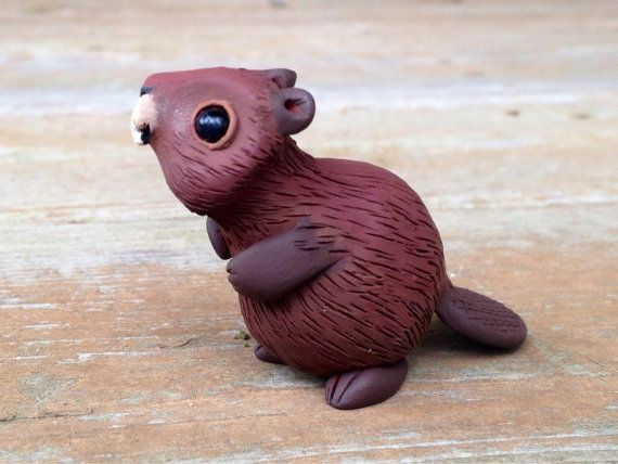Beaver: Handmade miniature polymer clay animal by AnimalitoClay