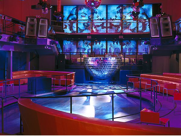 Cameo nightclub designed by callin fortis and located in