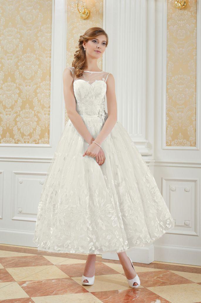 Romantisches Spitzen Brautkleid von Kleiderfreuden.de ...