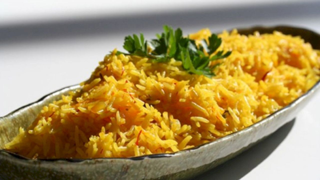 طريقة الرز العربي Rice Recipes Kitchen Recipes Saffron Rice