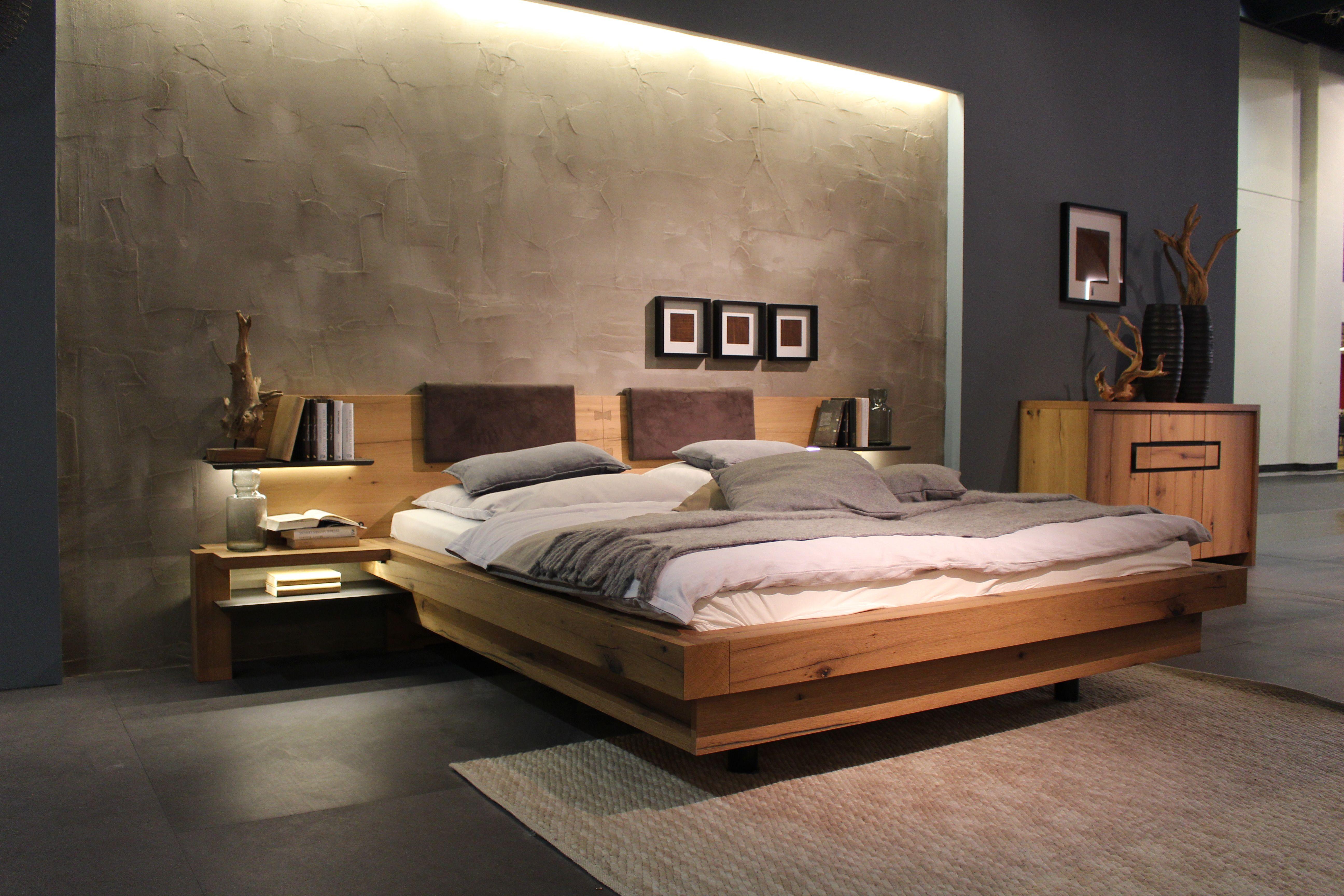 M Belmesse K Ln, Wohntrends, Living, Regal, Massivholzregal, Schlafzimmer, Bett,