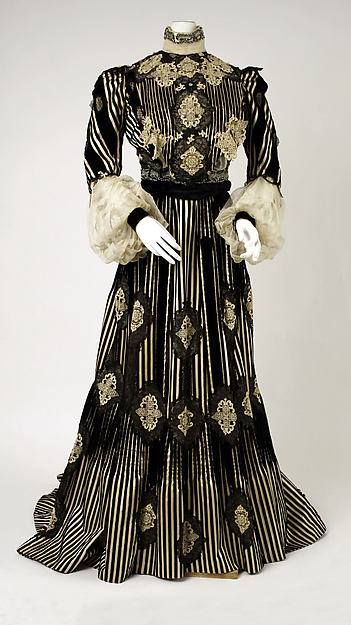 Day dress, American, ca 1904 From Museum at FIT: