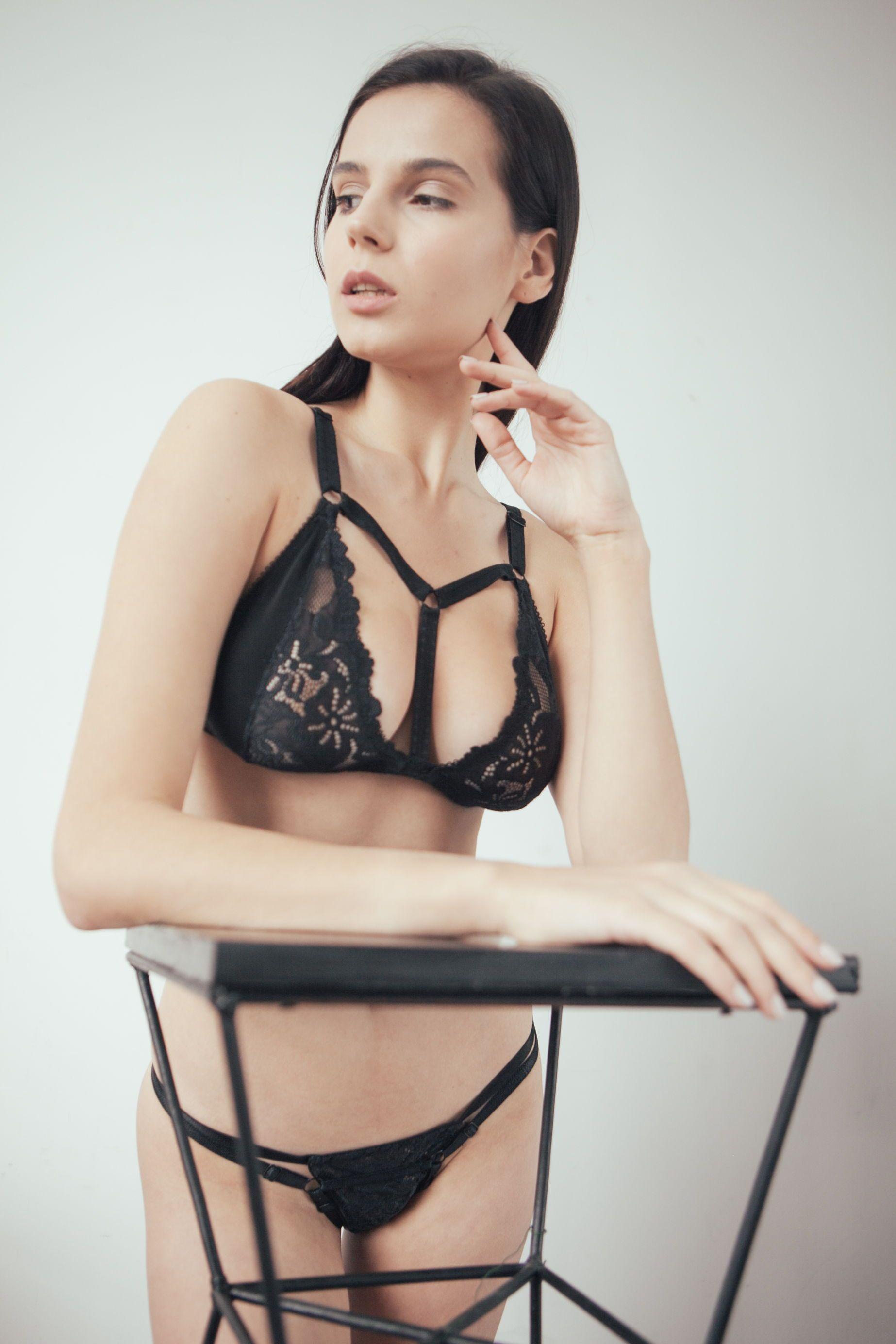 Кружевное белье эротика beurer массажер инструкция
