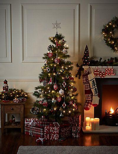 6ft Winterberry Christmas Tree M S Christmas Tree Christmas Fireplace Christmas