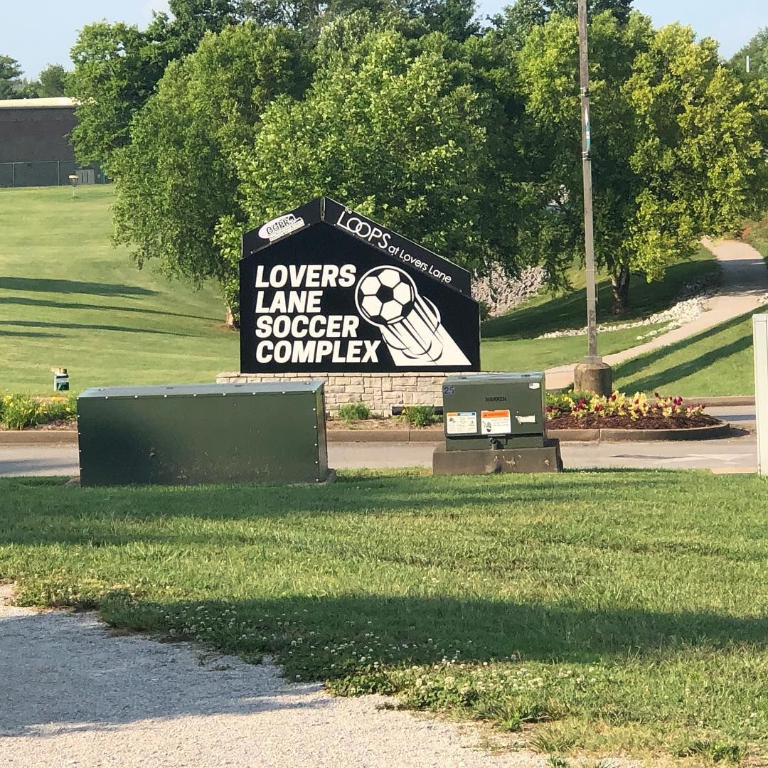 Bowling Green Ky Is A Great Place To Live And Has Many Parks To Enjoy This Is One Of Them Walking Trails And Several Soccer Field Bowling Green Great Places