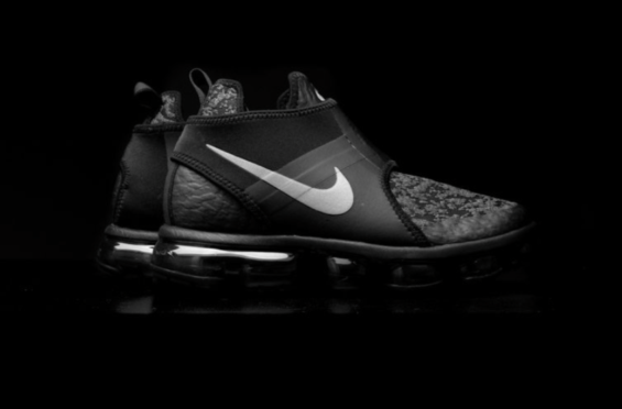 4780deb9f5b94 Release Date  Nike Air VaporMax Chukka Slip Anthracite The transformation  of the Nike Air VaporMax