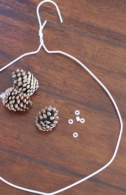DIY: Pinecone Wreath (Practically FREE)